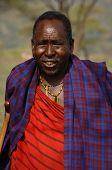 Retrato anciana Masai.
