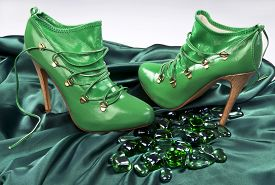 pic of stiletto  - Green high hill fashion leather stiletto shoes - JPG