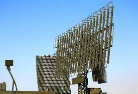 foto of antenna  - Three all around antennas on a rotating platforms - JPG