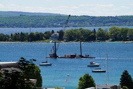 foto of barge  - HARBOR SPRINGS - JPG