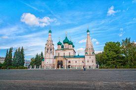 picture of prophets  - Church of Elijah the Prophet in Yaroslavl - JPG