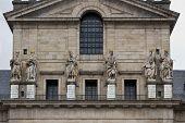 San Lorenzo Basilica Statues