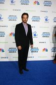 LOS ANGELES - DEC 7:  Scott Wolf arrives to the 2012 American Giving Awards at Pasadena Civic Center