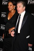 LOS ANGELES - DEC 8:  Grace Hightower, Robert DeNiro arrive to the SBIFF Kirk Douglas Award  at Baca