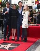 LOS ANGELES - DEC 13:  Tom Hooper, Anne Hathaway, Hugh Jackman, Amanda Seyfried at the Hollywood Wal