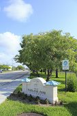 City Of Oakland Park Welcome Sign