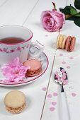 Valentine's Day: Romantic Tea Drinking With Macaroon