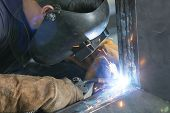 Operator Welding Steel Construction