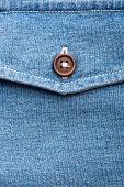 Jeans pocket with button