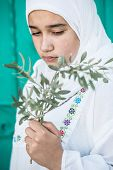 foto of middle eastern culture  - Arabic Muslim Middle Eastern girl - JPG