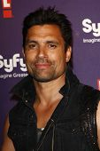 SAN DIEGO - JUL 23: Manu Bennett at the SyFy/E! Comic-Con Party at Hotel Solamar in San Diego, Calif