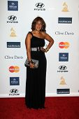 LOS ANGELES - FEB 9:  Gayle King arrives at the Clive Davis 2013 Pre-GRAMMY Gala at the Beverly Hilt