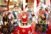 Snow Globes Christmas