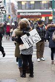 Free Hugs In Toronto