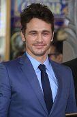 LOS ANGELES - 7 de MAR: James Franco en una ceremonia como James Franco es honrado con una estrella en el Hollyw