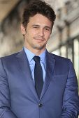 LOS ANGELES - 7 de MAR: James Franco en una ceremonia como James Franco es honrado con una estrella en el Hollyw