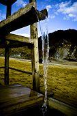 Agua Cayendo