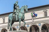 Estátua de Ferdinando eu De Médici em Florença, Itália
