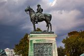Us Grant Statue Memorial Stormy Skies Capitol Hill Washington Dc