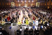 MOSCOW - MAY 25: Rows of beautiful people at 11th Viennese Ball in Gostiny Dvor on May 25, 2013 in M