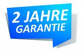 A blue design label with the text 2 years guaranty in german language