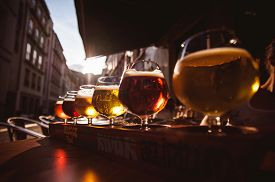 pic of draft  - Flight of six Beers for Tasting in a Pub - JPG