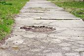 Calçada desgastada