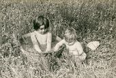 picture of washtub  - Vintage photo of little girls bathing in washtub  - JPG