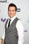 LOS ANGELES - 1 AUG: Gabriel Macht aankomen op de NBC TCA zomer 2011 feestje bij SLS Hotel op Augus