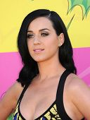 LOS ANGELES - MARCH 23:  Katy Perry arrives to the Kid's Choice Awards 2013  on March 23, 2013 in Lo