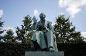 Author Hans Christian Andersen
