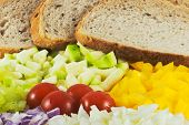 picture of grils  - Arrangement of the various vegetable and bread - JPG