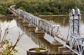 train crossing Wabash Bridge