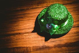 picture of st patty  - St patricks day hat on wooden table - JPG