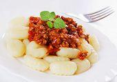 Gnocchi di patata, Papa italiano tallarines con Bolognesa salsa