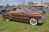 1951 Pontiac Chieftain Side View