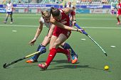 THE HAGUE, NETHERLANDS - JUNE 1: (GBR Richardson-Walsh and USA Kasold duelling for the ball during t