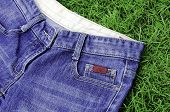 Jeans Lawn.
