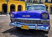 Havanna-SEPTEMBER 13:Old Chevrolet September 13,2012 in Havana.Thousands dieser Autos werden immer noch verwendet.