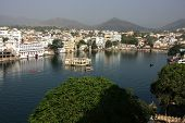 Lake Pichola And Udaipur City, Rajasthan, India