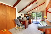 Loft Office Room With Walkout Deck