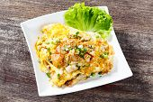 Stir Fried Fresh Rice Fat Noodles With Chicken And Egg