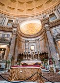 ROME - NOVEMBER 17: the interior of the Pantheon on November 17, 2014 in Rome, Italy. The Pantheon was built in 126 AD and has the world's largest unreinforced concrete dome.