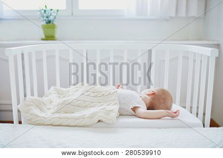 Baby Sleeping In Cosleeper Crib