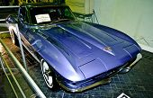 Chevrolet Corvette Sting-ray