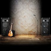 image of guitarists  - Microphone - JPG