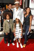 Will Smith with Jada Pinkett Smith, Willow Smith and family  at the world premiere of