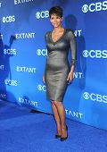 LOS ANGELES - JUN 06:  Halle Berry arrives to the 'Extant' Premiere Party  on June 06, 2014 in Los A