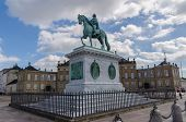 Frederick Statue