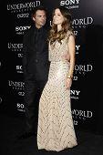 LOS ANGELES - JAN 19: Kate Beckinsale; Len Wiseman at the premiere of Screen Gems' 'Underworld: Awak